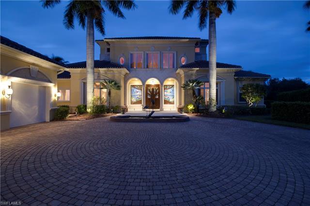 1703 Persimmon Dr, Naples, FL 34109