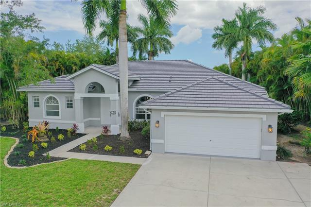 805 Willow Springs Ct, Naples, FL 34120