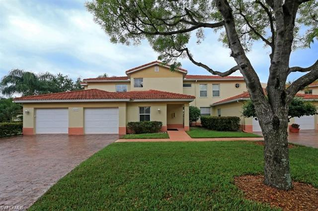 400 Diamond Cir 402, Naples, FL 34110