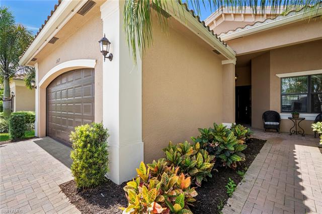 11619 Meadowrun Cir, Fort Myers, FL 33913