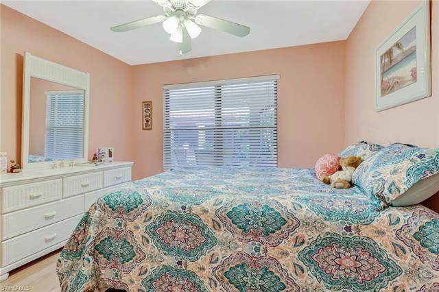 2082 Pine Isle Ln 2082, Naples, FL 34112