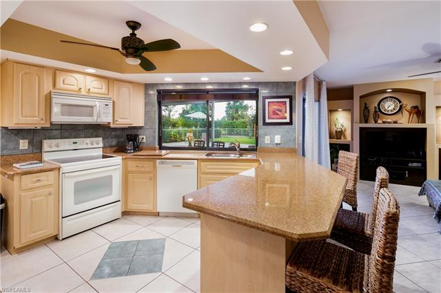 425 Cypress Way E, Naples, FL 34110