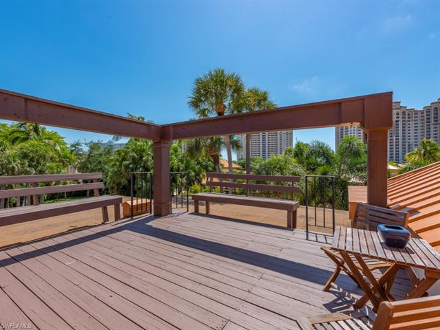 6710 Pelican Bay Blvd 432, Naples, FL 34108