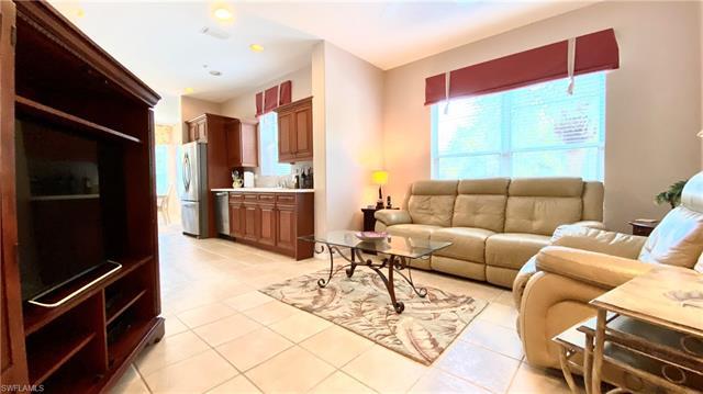 8525 Danbury Blvd 205, Naples, FL 34120