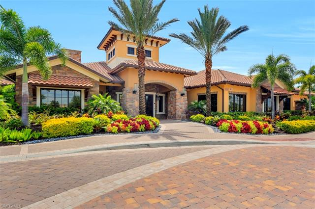 9402 Carretto Dr, Naples, FL 34119