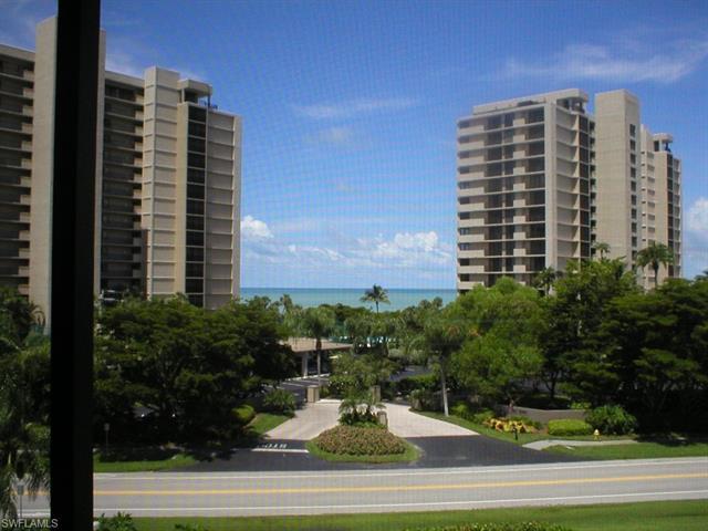 11030 Gulf Shore Dr 304, Naples, FL 34108