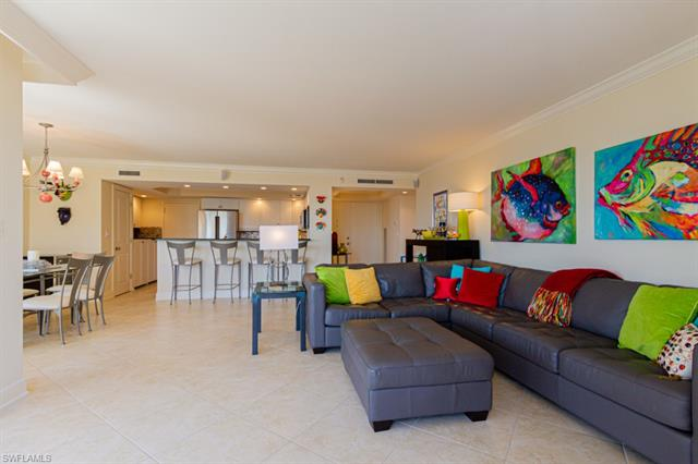 3115 Gulf Shore Blvd N 301s, Naples, FL 34103
