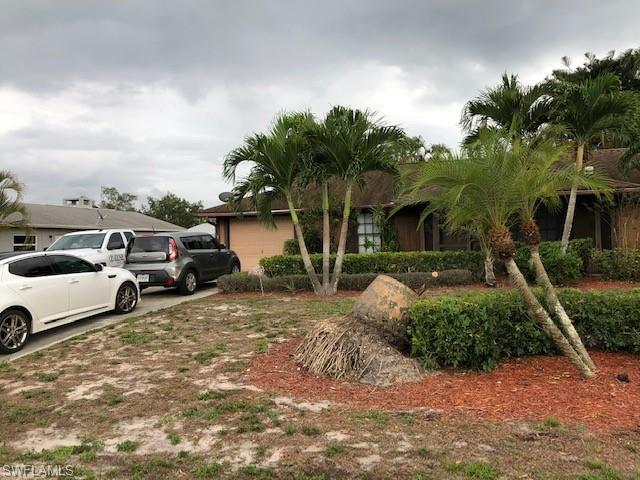 11188 Orangewood Dr, Bonita Springs, FL 34135