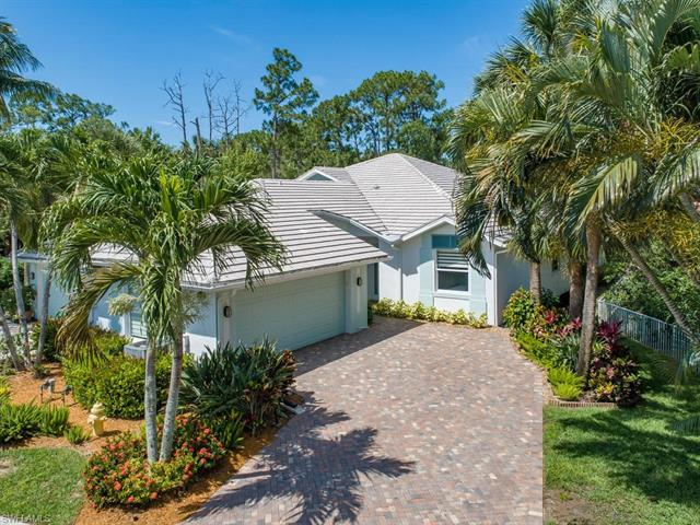 670 Catamaran Ct, Naples, FL 34110