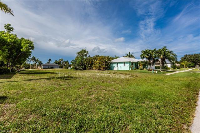 1431 Delbrook Way, Marco Island, FL 34145