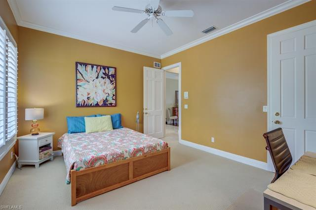 15678 Whitney Ln, Naples, FL 34110