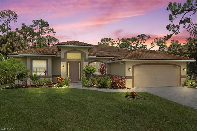 1730 16th St Ne, Naples, FL 34120