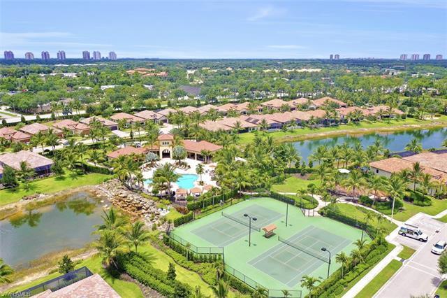 9220 Isla Bella Cir, Bonita Springs, FL 34135