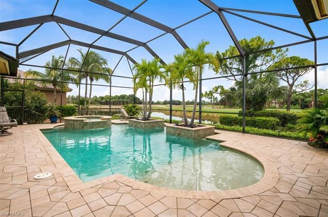 18920 Knoll Landing Dr, Fort Myers, FL 33908