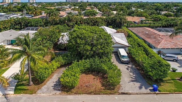 509 Turtle Hatch Rd, Naples, FL 34103