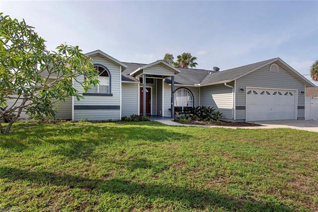 17281 Malaga Rd, Fort Myers, FL 33967