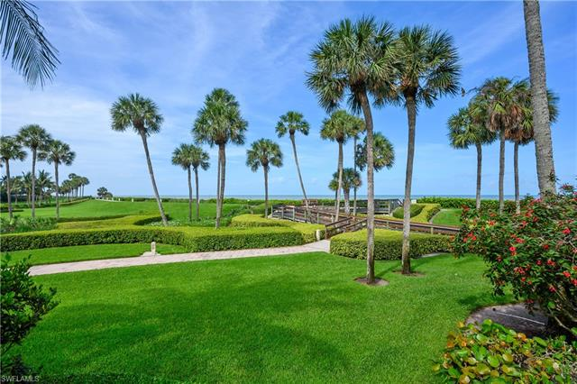 4551 Gulf Shore Blvd N 206, Naples, FL 34103
