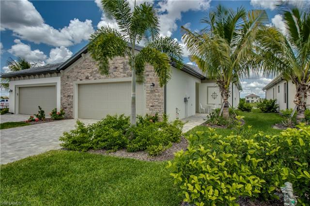 9091 Woodhurst Dr, Naples, FL 34120