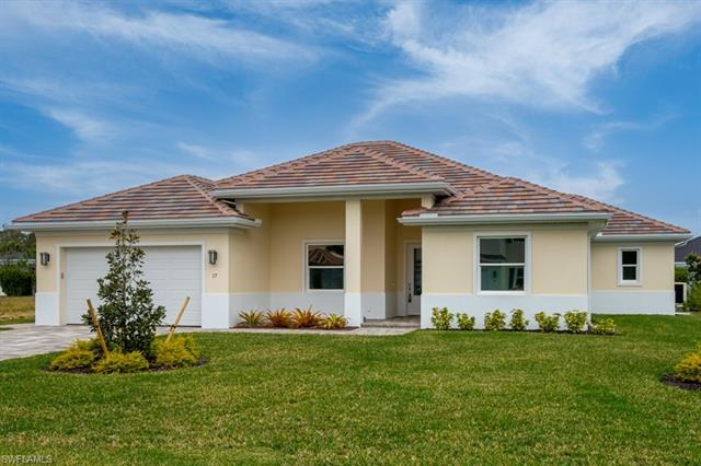 17 Willoughby Dr, Naples, FL 34110