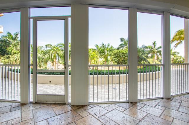 4501 Gulf Shore Blvd N 301, Naples, FL 34103