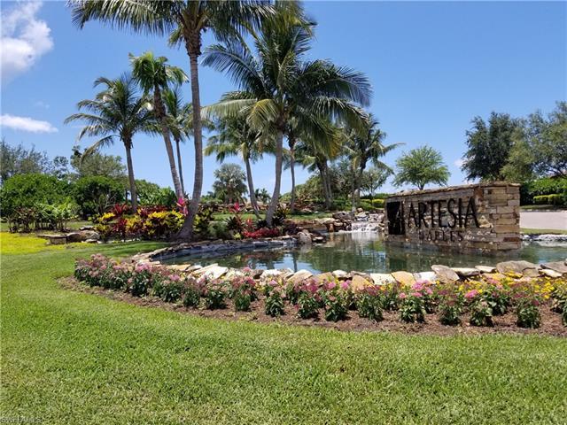 1451 Oceania Dr S, Naples, FL 34113