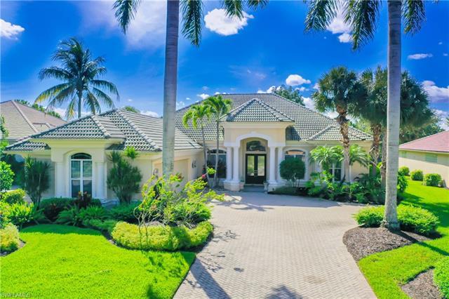 2738 Olde Cypress Dr, Naples, FL 34119