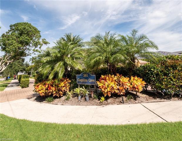 261 Banyan Blvd 201, Naples, FL 34102