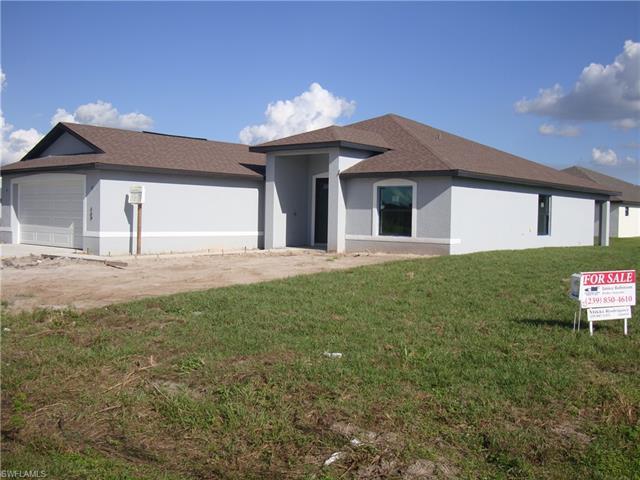 569 Croydon Ave S, Lehigh Acres, FL 33972