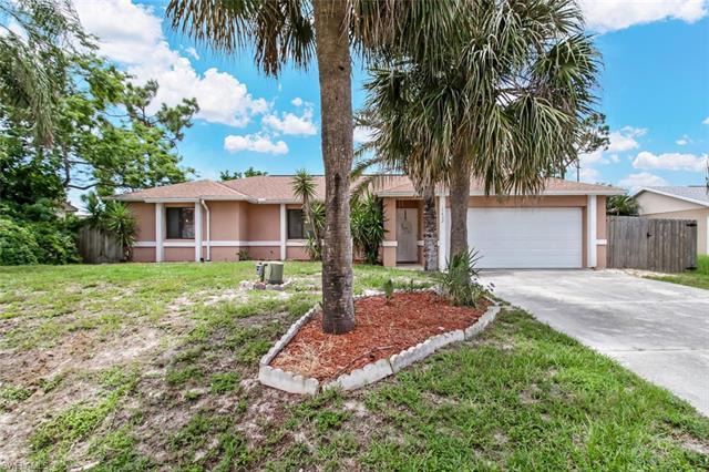 17432 Kentucky Rd, Fort Myers, FL 33967