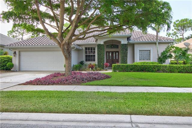 6561 Chestnut Cir, Naples, FL 34109