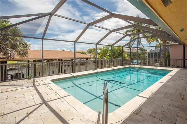 425 Germain Ave, Naples, FL 34108