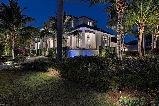 1475 Gulf Shore Blvd S, Naples, FL 34102