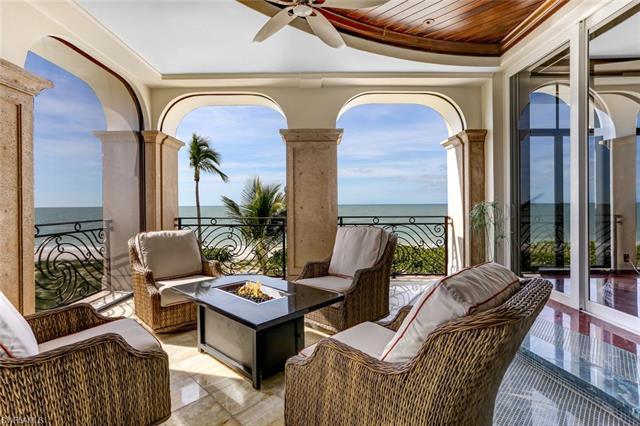 110 Guadeloupe Ln, Bonita Springs, FL 34134