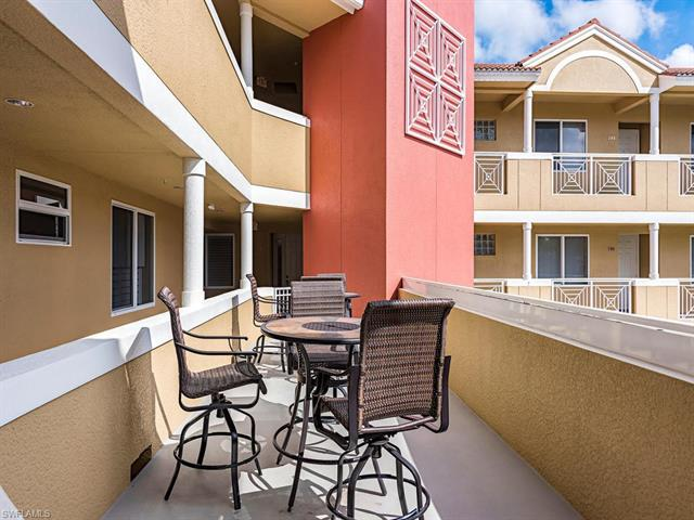 850 6th Ave N 303, Naples, FL 34102
