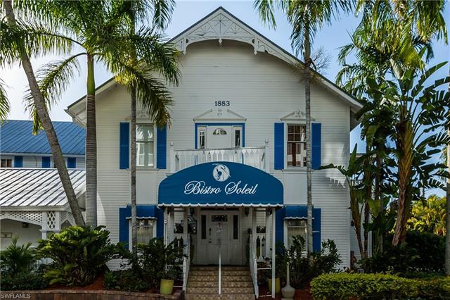 1135 Vernon Pl, Marco Island, FL 34145