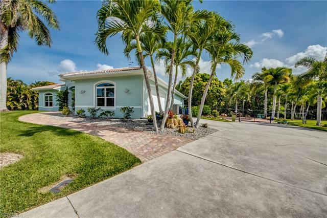 12241 Harry St, Bokeelia, FL 33922
