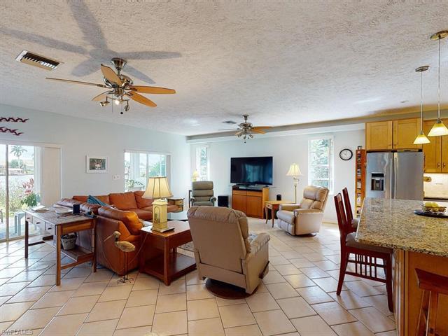 111 Newport Cay, Naples, FL 34114