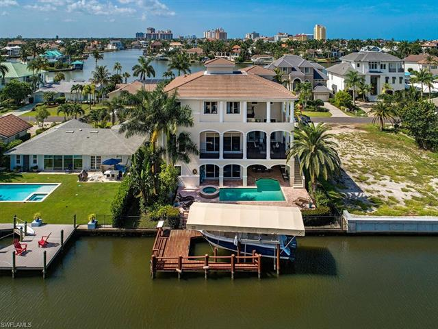 225 Conners Ave, Naples, FL 34108