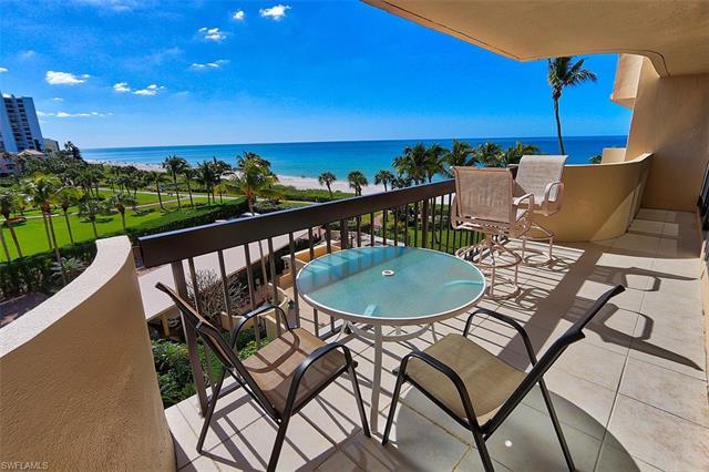 4001 Gulf Shore Blvd 405, Naples, FL 34103
