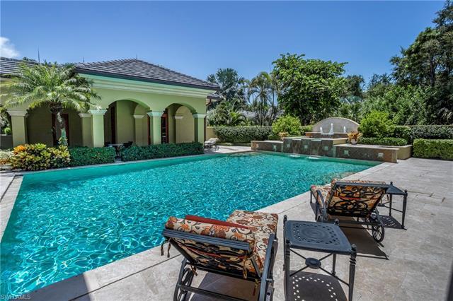 6955 Verde Way, Naples, FL 34108