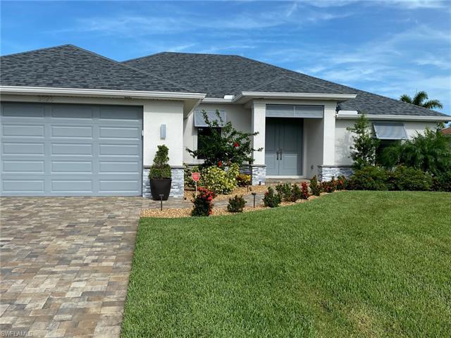 3326 15th Ave, Cape Coral, FL 33914