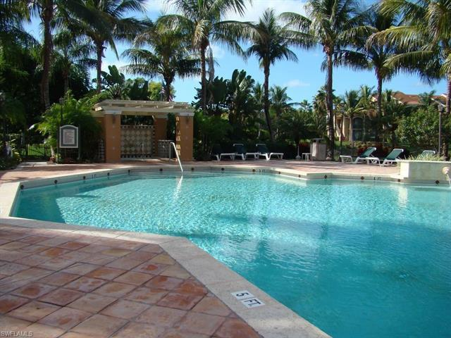 1250 Wildwood Lakes Blvd 206, Naples, FL 34104