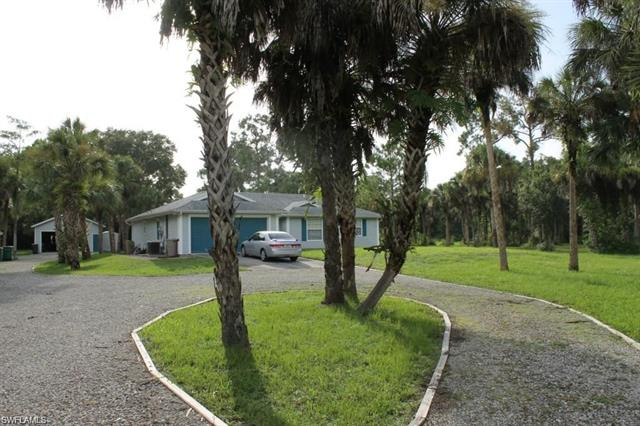161 11th St Nw, Naples, FL 34120