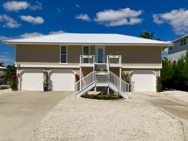 13 Pepita St, Fort Myers Beach, FL 33931