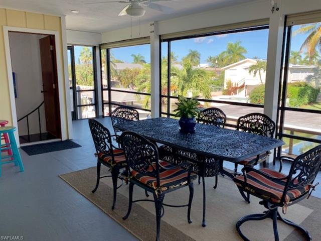 13 Pepita St, Fort Myers Beach, FL 33931