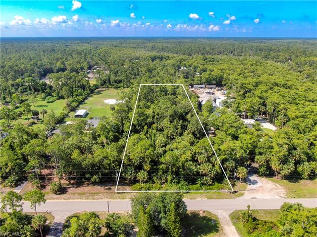 22nd Ave Nw, Naples, FL 34120