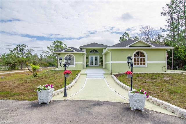 2680 Everglades Blvd N, Naples, FL 34120