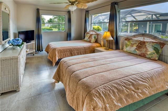 279 Forest Hills Blvd, Naples, FL 34113