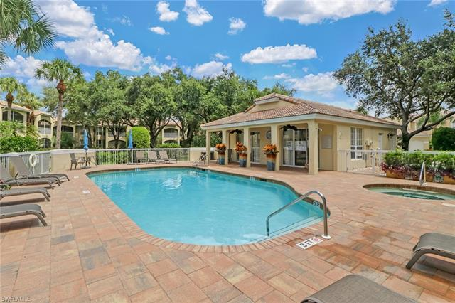 57 Silver Oaks Cir 104, Naples, FL 34119