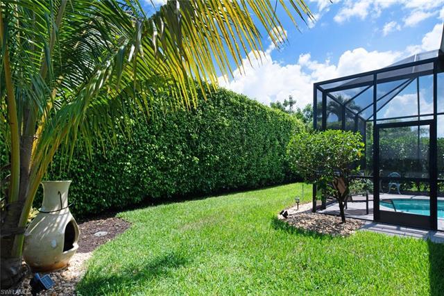 10784 Fieldfair Dr, Naples, FL 34119